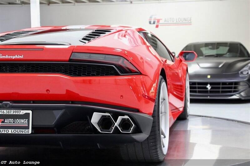 2016 Lamborghini Huracan 12
