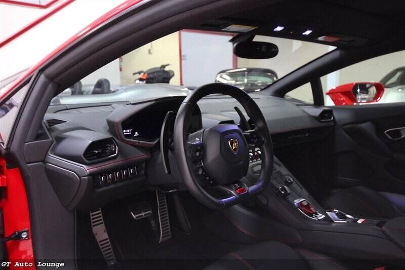 2016 Lamborghini Huracan 28