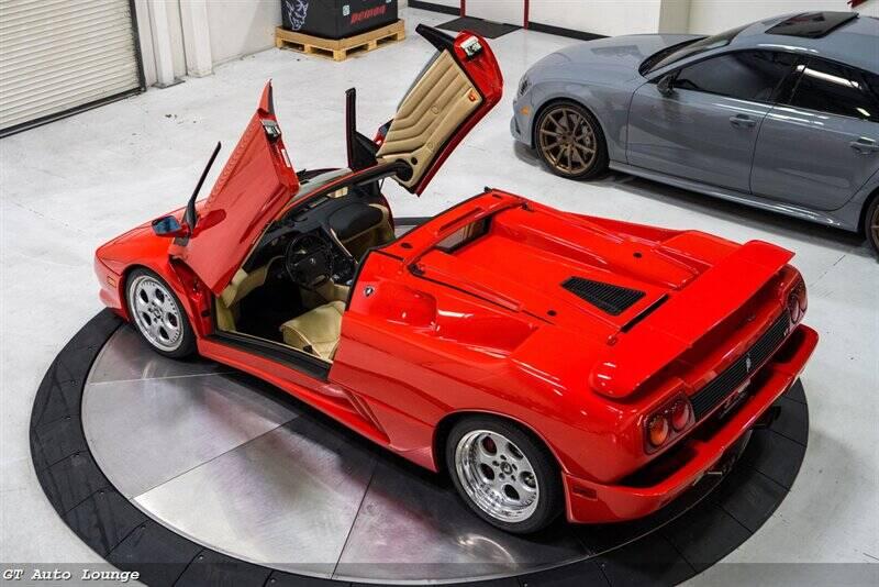 1998 Lamborghini Diablo 50