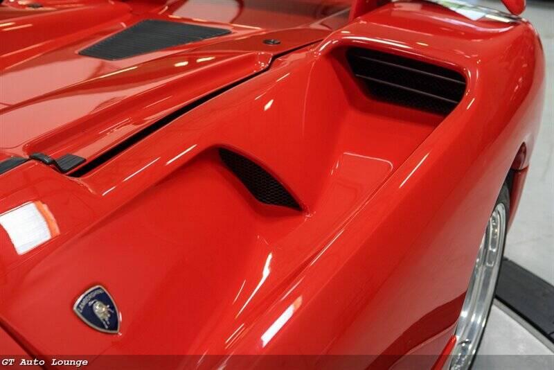 1998 Lamborghini Diablo 23