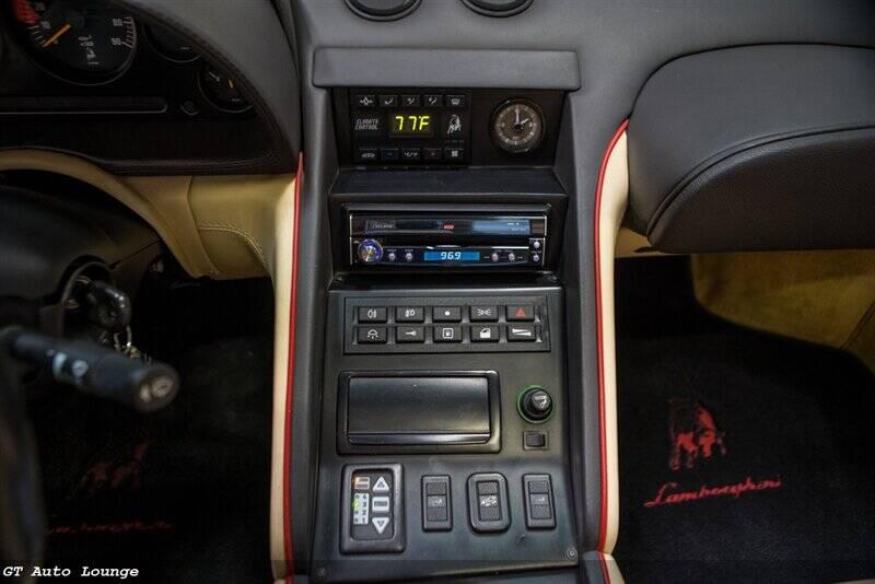 1998 Lamborghini Diablo 37