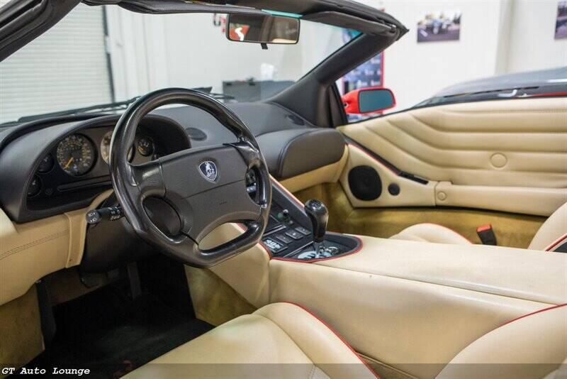 1998 Lamborghini Diablo 28