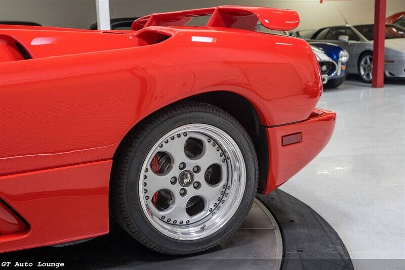 1998 Lamborghini Diablo 21