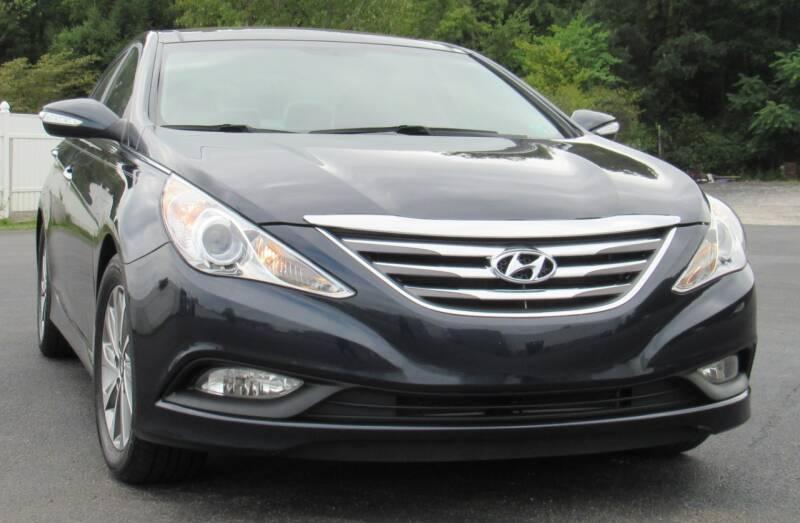 2014 Hyundai Sonata for sale at Car Culture in Warren OH