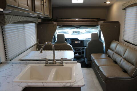2021 Coachmen Freelander 350 Ford 27QB