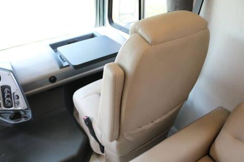 2021 Coachmen Pursuit Precision 27DS