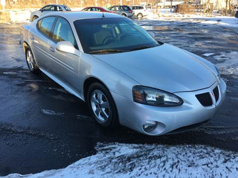 2005 Pontiac Grand Prix for sale at INTERNATIONAL AUTO SALES LLC in Latrobe PA