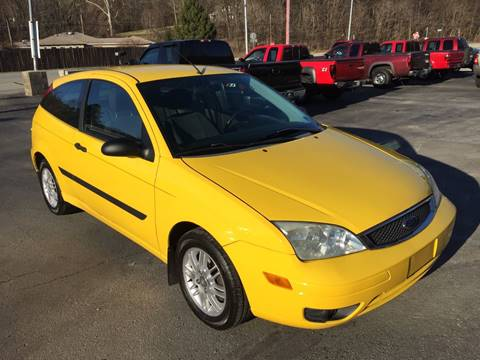 2006 Ford Focus for sale at INTERNATIONAL AUTO SALES LLC in Latrobe PA