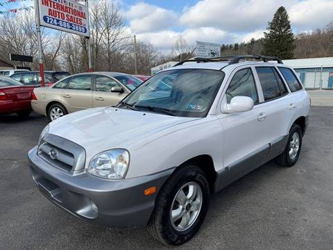 2005 Hyundai Santa Fe for sale at INTERNATIONAL AUTO SALES LLC in Latrobe PA