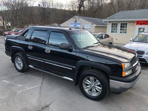 2005 Chevrolet Avalanche for sale at INTERNATIONAL AUTO SALES LLC in Latrobe PA