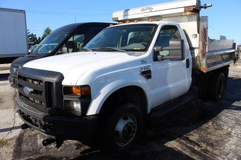 2008 Ford F-350 Super Duty for sale at BROADWAY FORD TRUCK SALES in Saint Louis MO