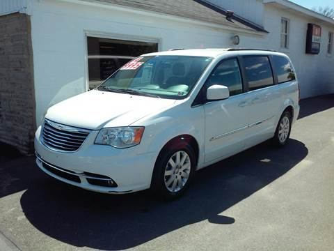 2014 Chrysler Town and Country for sale in Lawrenceville, PA