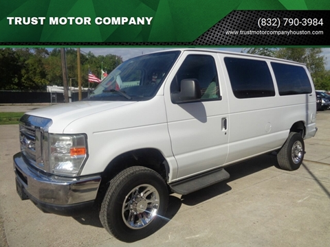 2011 Ford E-Series Wagon for sale in Houston, TX