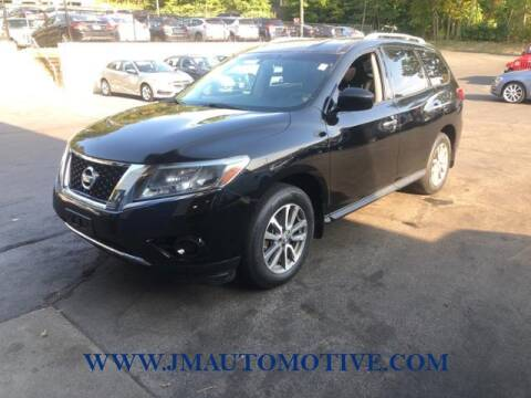 2013 Nissan Pathfinder for sale at J & M Automotive in Naugatuck CT