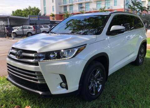 2018 Toyota Highlander for sale at Meru Motors in Hollywood FL