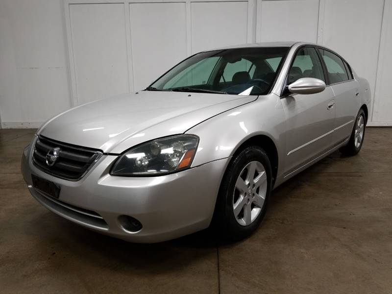 2003 Nissan Altima For Sale At PINGREE AUTO SALES INC In Lake In The Hills  IL