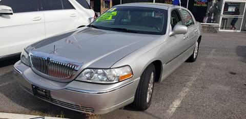 Lincoln Town Car For Sale In New York Carsforsale Com