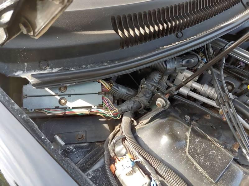 2001 Chevrolet Camaro Z28 (image 23)