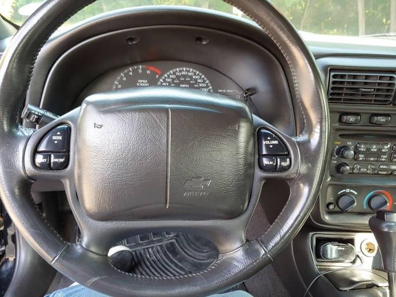2001 Chevrolet Camaro Z28 (image 43)