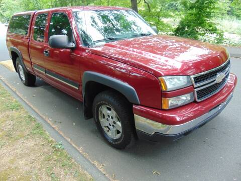 2006 Chevrolet Silverado 1500 for sale at LA Motors in Waterbury CT