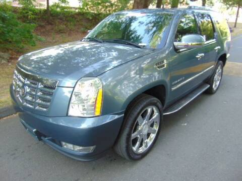 2008 Cadillac Escalade for sale at LA Motors in Waterbury CT
