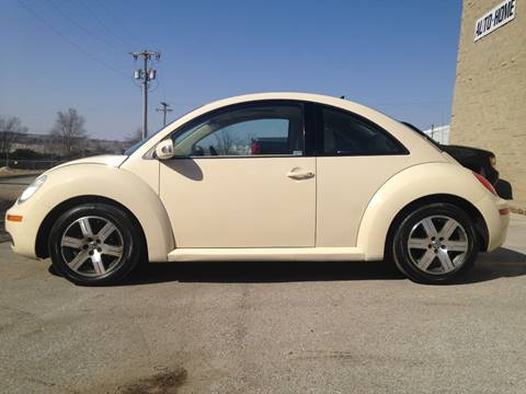 2006 Volkswagen New Beetle for sale at Big Red Auto Sales in Papillion NE