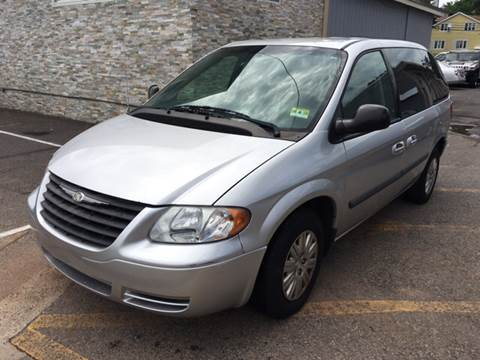 2007 Chrysler Town and Country for sale at MFT Auction in Lodi NJ