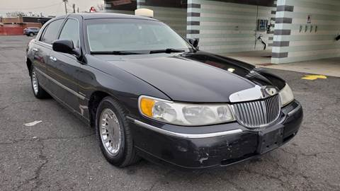 1998 Lincoln Town Car for sale at MFT Auction in Lodi NJ
