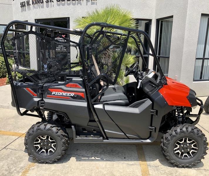 2018 Honda Pioneer 700-4 Deluxe