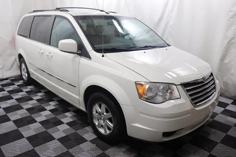 2009 Chrysler Town and Country for sale in Akron, OH