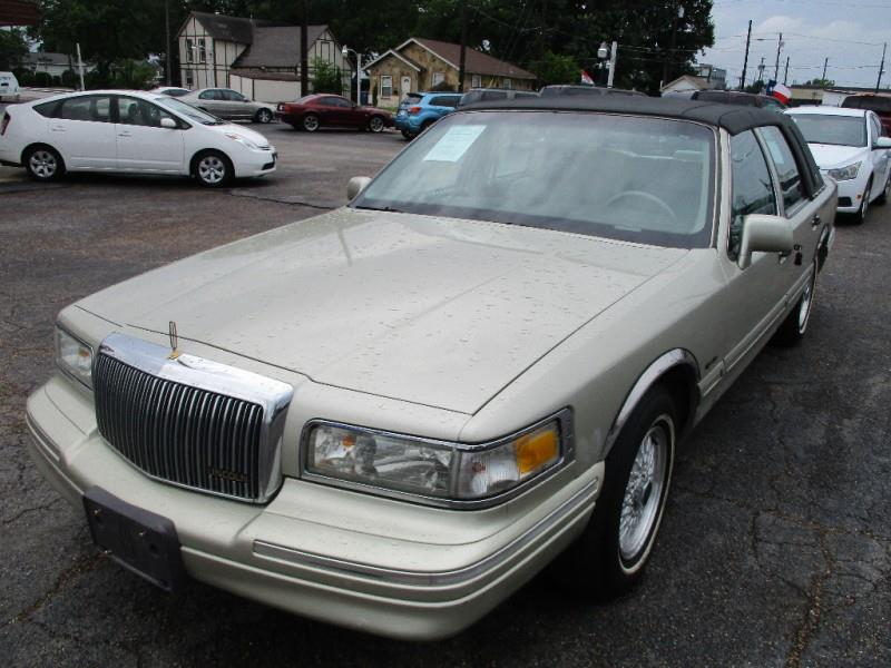 1997 Lincoln Town Car Signature In Garland Tx Gator S Auto Sales