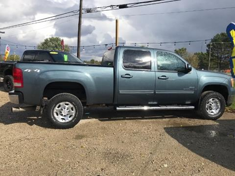 2009 GMC Sierra 2500HD for sale in Three Rivers, MI