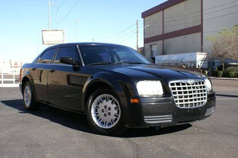 2007 Chrysler 300 for sale at EXPRESS AUTO GROUP in Phoenix AZ