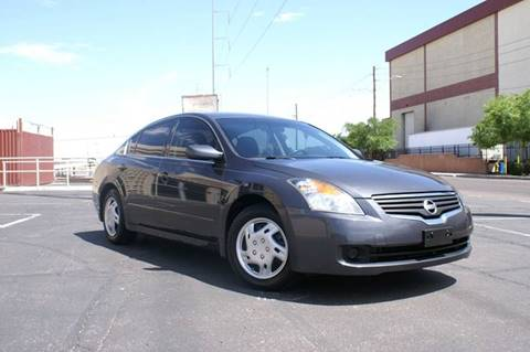 2009 Nissan Altima for sale at EXPRESS AUTO GROUP in Phoenix AZ