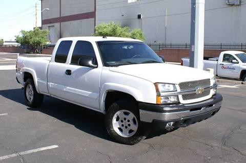 2005 Chevrolet Silverado 1500 for sale at EXPRESS AUTO GROUP in Phoenix AZ
