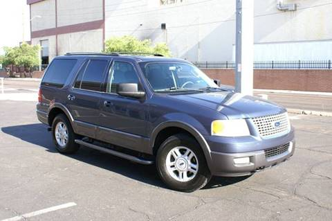 2004 Ford Expedition for sale at EXPRESS AUTO GROUP in Phoenix AZ