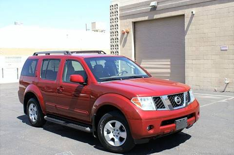 2007 Nissan Pathfinder for sale at EXPRESS AUTO GROUP in Phoenix AZ