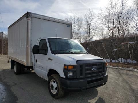 2017 Ford E-Series Chassis for sale in Waterbury, CT