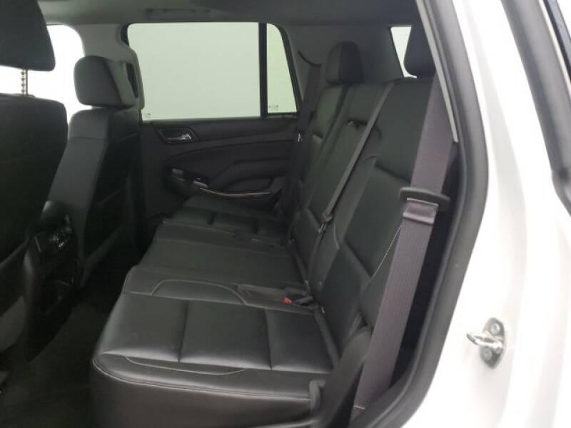 2016 Chevrolet Tahoe LT (image 27)