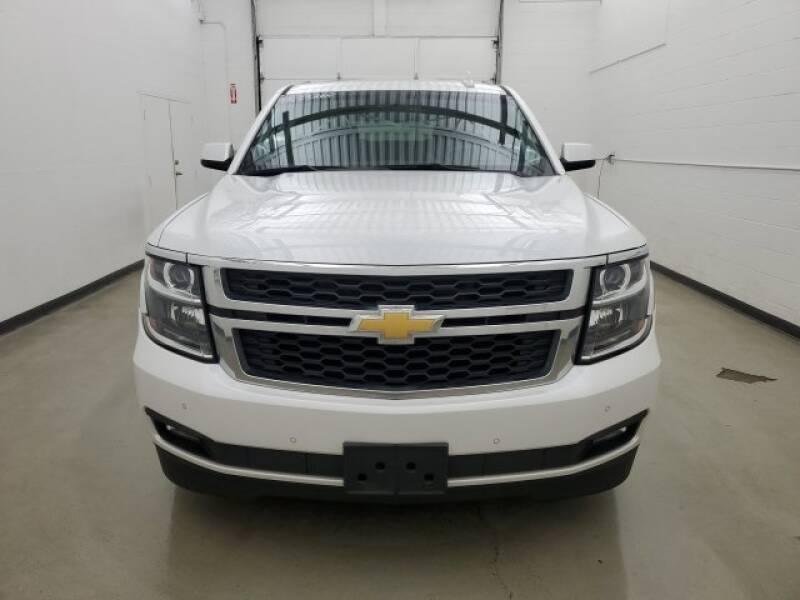 2016 Chevrolet Tahoe LT (image 30)