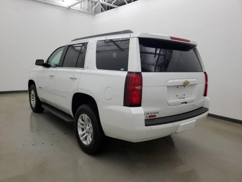 2016 Chevrolet Tahoe LT (image 3)