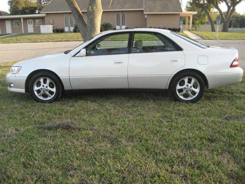 2000 Lexus ES 300 In Sarasota FL - AUTO PURSUITS