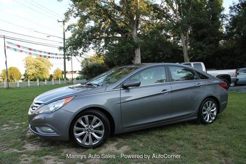2013 Hyundai Sonata for sale at Manny's Auto Sales in Winslow NJ