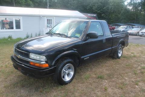 2002 Chevrolet S-10 for sale at Manny's Auto Sales in Winslow NJ