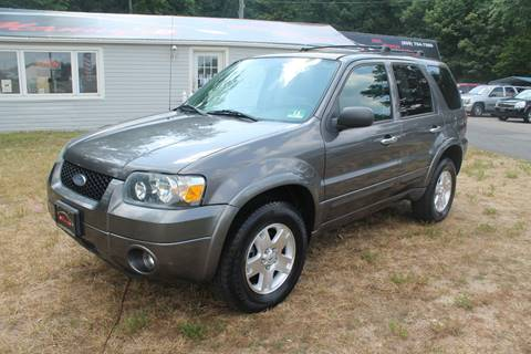 2006 Ford Escape for sale at Manny's Auto Sales in Winslow NJ