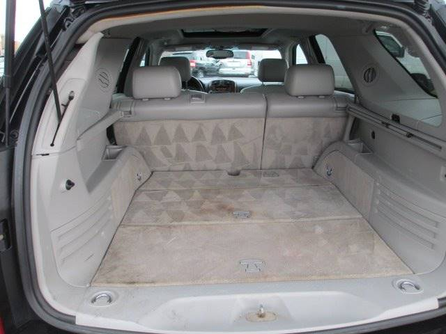 2006 Cadillac SRX (image 6)