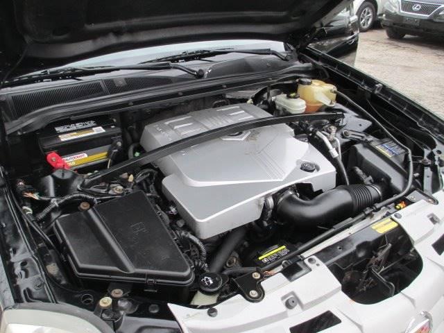 2006 Cadillac SRX (image 13)