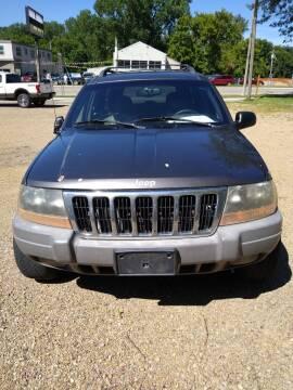 1999 Jeep Grand Cherokee Laredo for sale at Southtown Auto Sales in Albert Lea MN