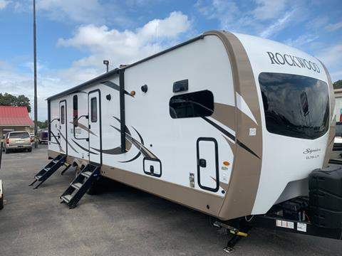 2019 Rockwood SIGNATURE M-8335BSS for sale in Granbury, TX