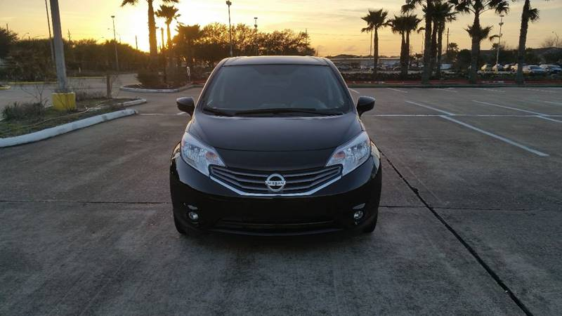 sr mercury product undated shows nissan the by provided note review image versa news this